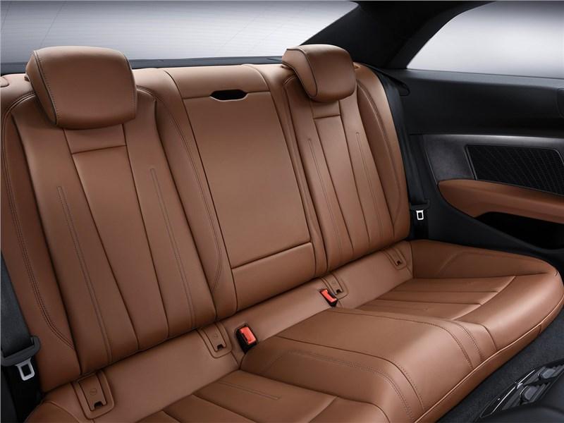 Audi A5 Coupe 2017 задний диван
