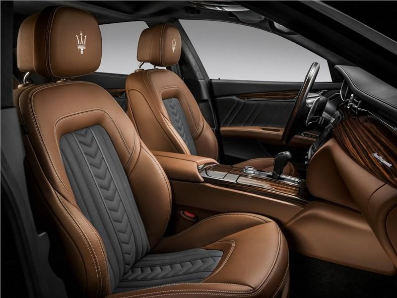 Maserati Quattroporte Gran Lasso 2017 передние кресла
