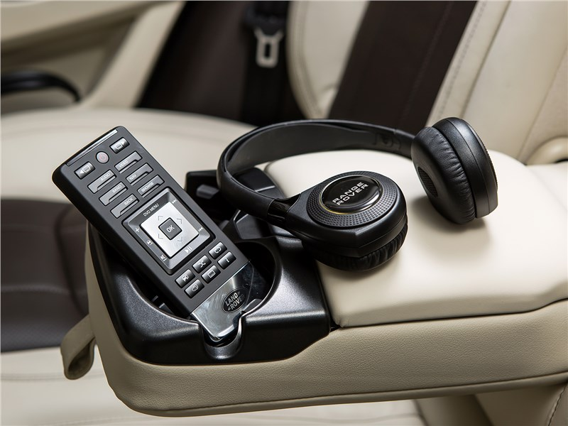Land Rover Range Rover Evoque 2016 наушники и пульт для аудиосистемы