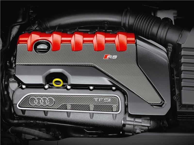 Audi TT RS Coupe 2017 двигатель