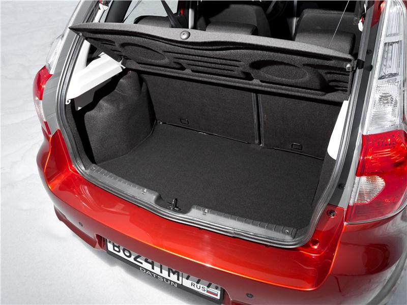 Datsun mi-Do багажное отделение