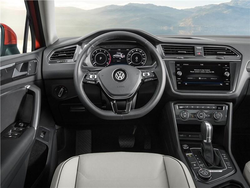 Volkswagen Tiguan Allspace 2018 салон