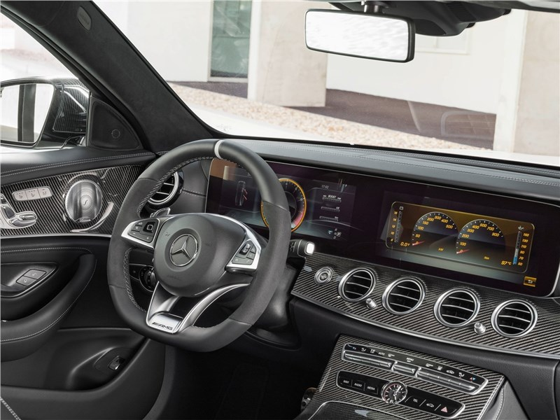 Mercedes-Benz E63 S AMG Estate 2018 салон
