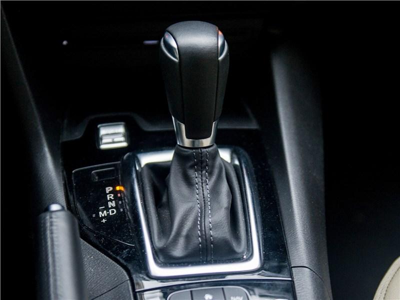 Mazda 3 sedan 2017 6АКПП
