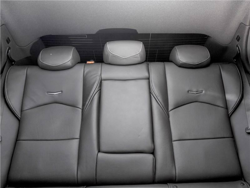 Cadillac CTS 2017 задний диван