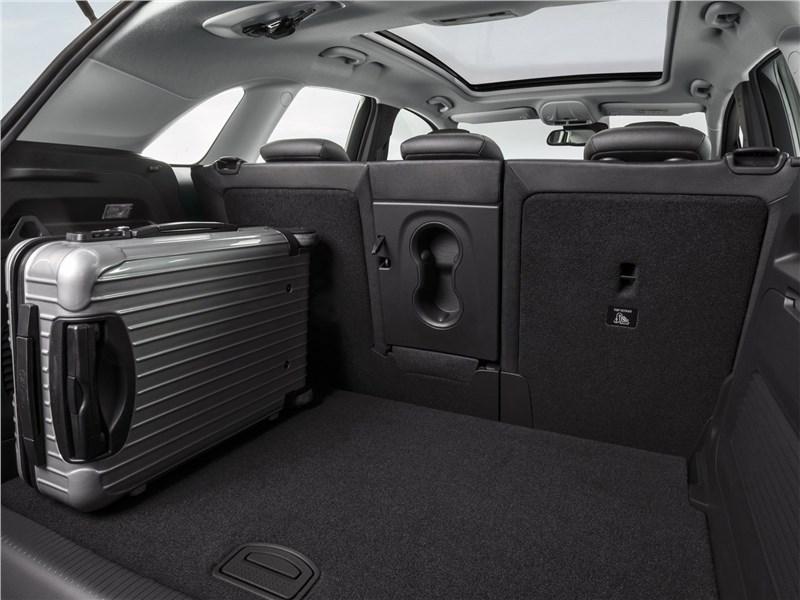 Crossland X 2018 багажное отделение