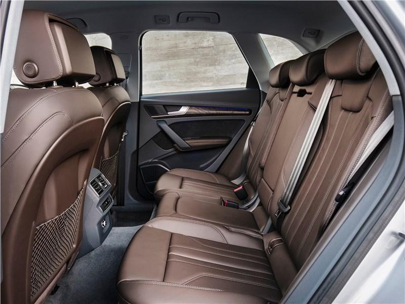 Audi Q5 2017 задний диван