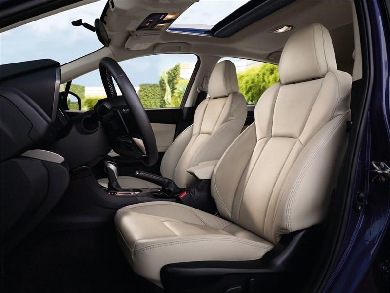 Subaru Impreza 2017 передние кресла