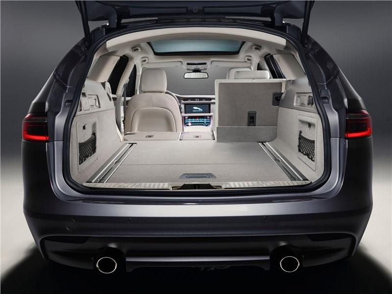 Jaguar XF Sportbrake 2018 багажное отделение