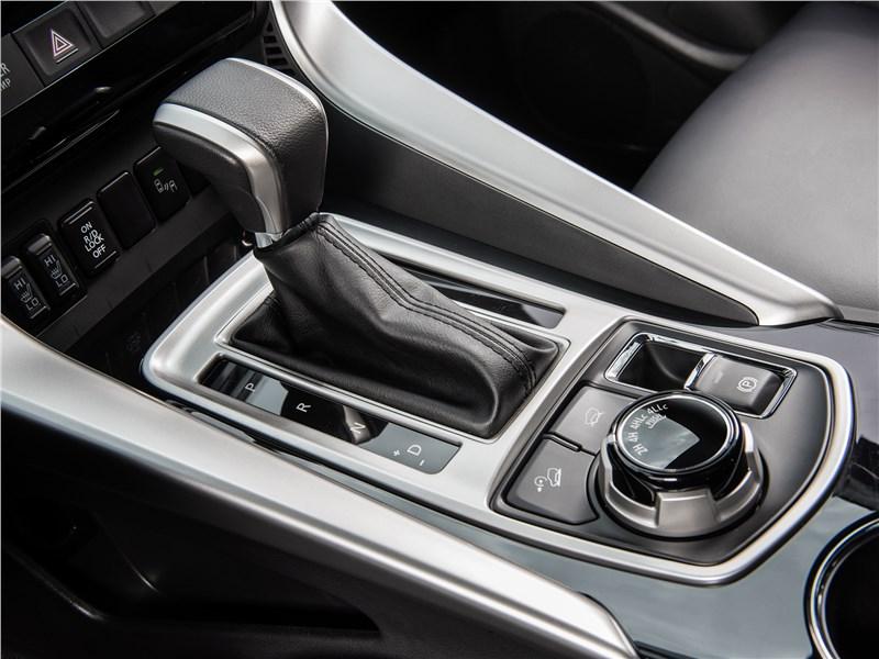 Mitsubishi Pajero Sport 2017 АКПП