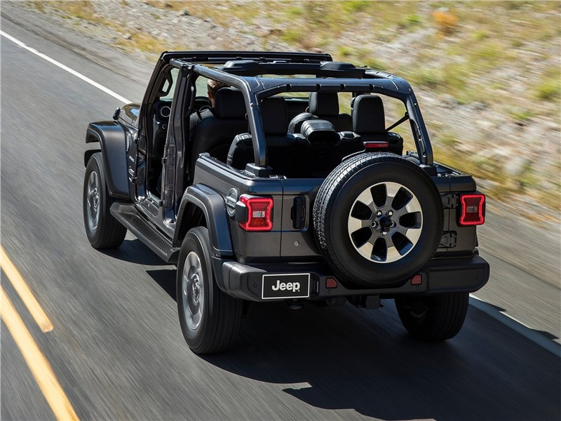 Jeep Wrangler Unlimited 2018 вид сзади