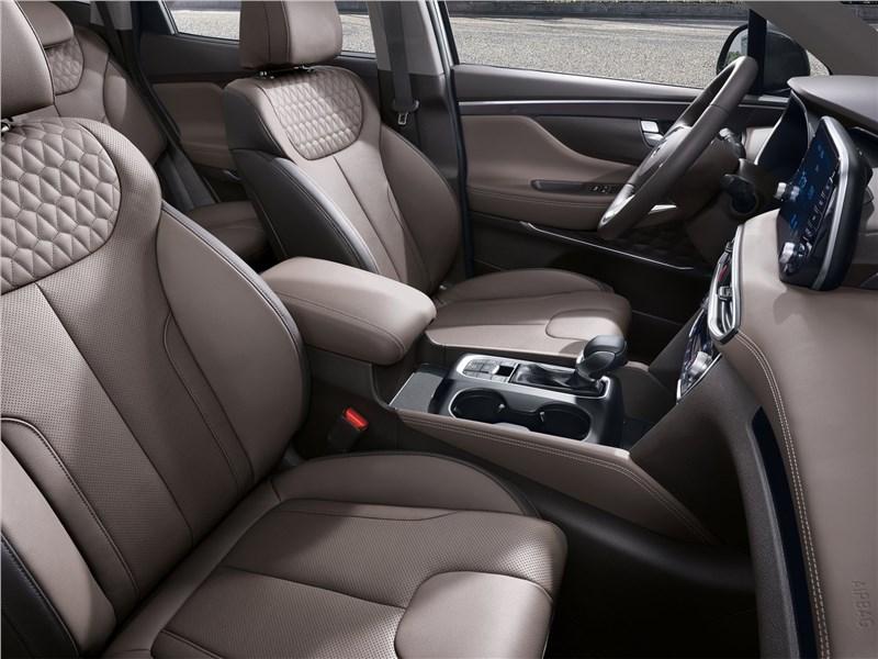 Hyundai Santa Fe 2019 передние кресла