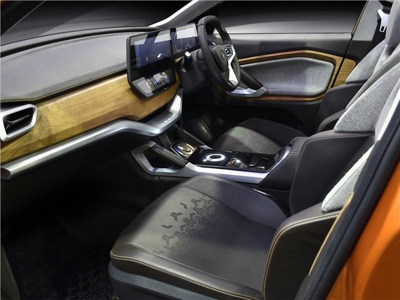 Tata H5X Concept 2018 передние кресла