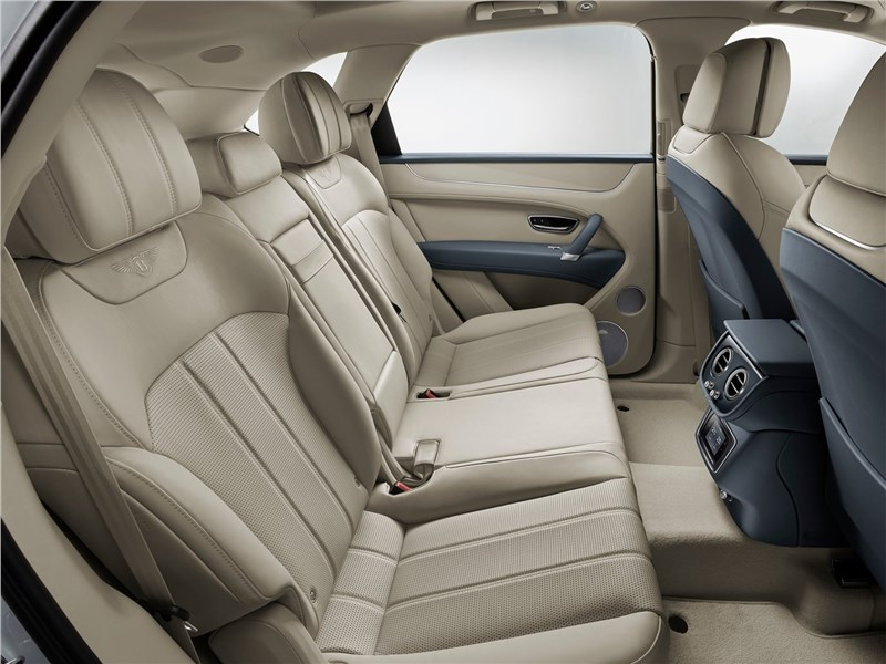 Bentley Bentayga Hybrid 2019 задний диван