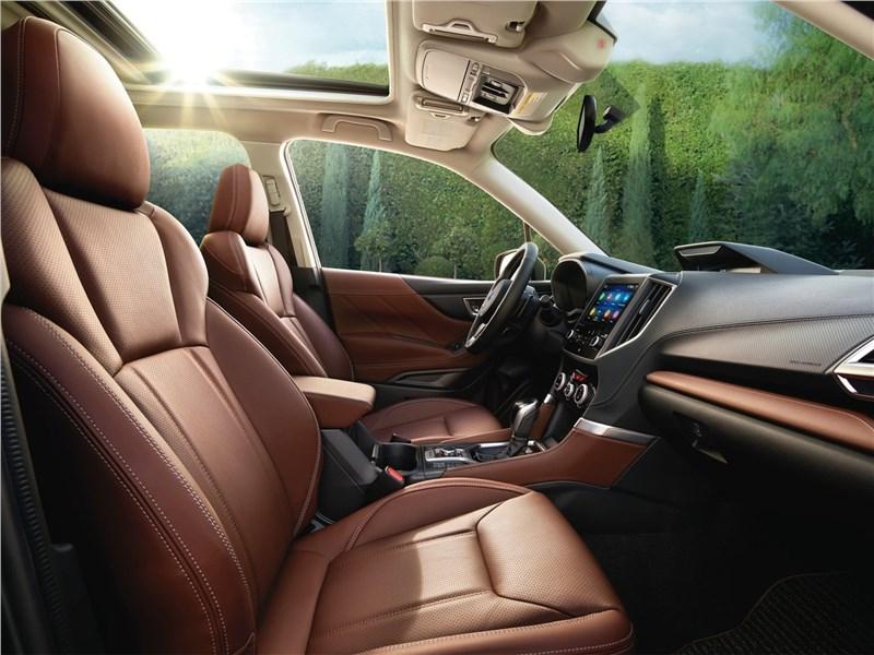 Subaru Forester 2019 передние кресла