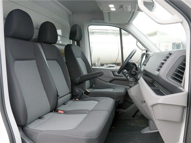 Volkswagen Crafter 2017 кресла