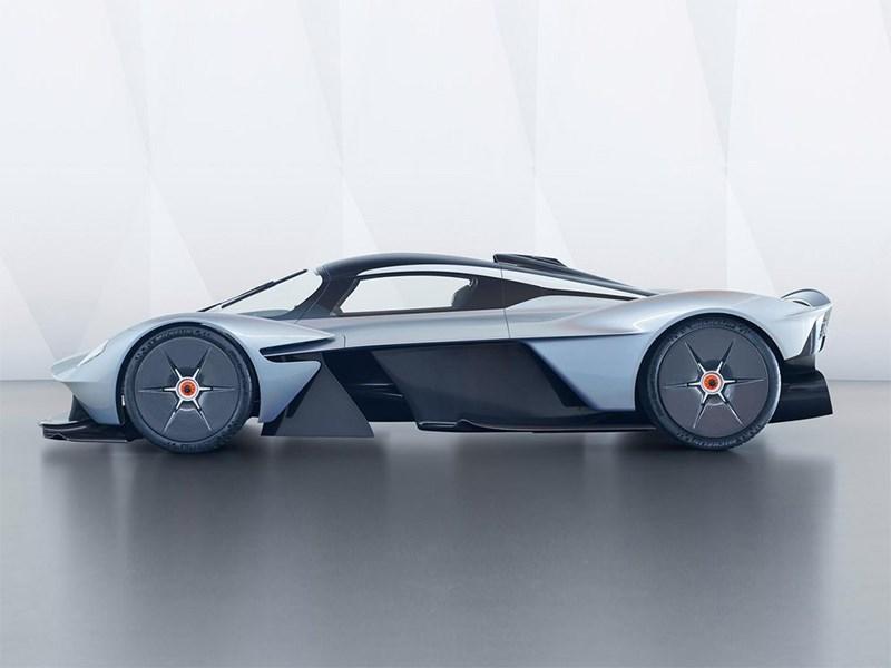 Aston Martin показали свою гордость