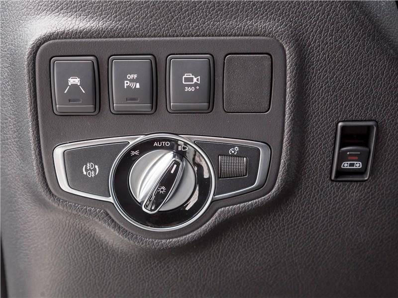 Mercedes-Benz X-Class 2018 кнопки