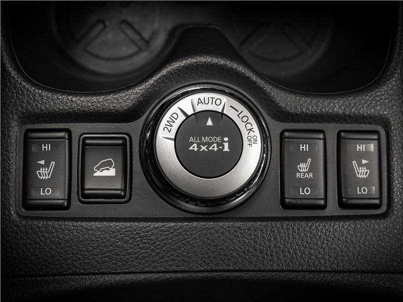 Nissan X-Trail 2018 управление трансмиссией