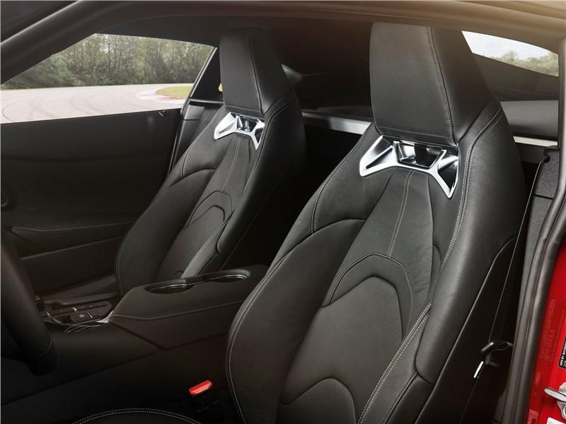 Toyota Supra 2020 кресла