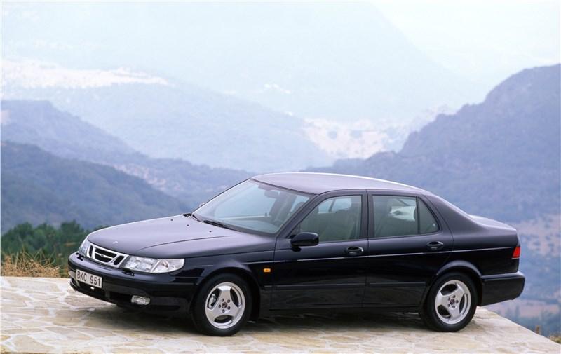 Saab 9-5 2001 седан вид слева