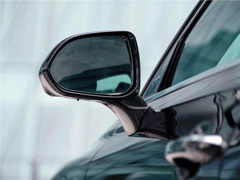Genesis G90 2019 боковое зеркало
