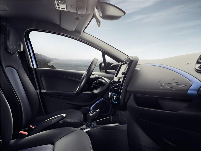 Renault Zoe 2017 передние кресла