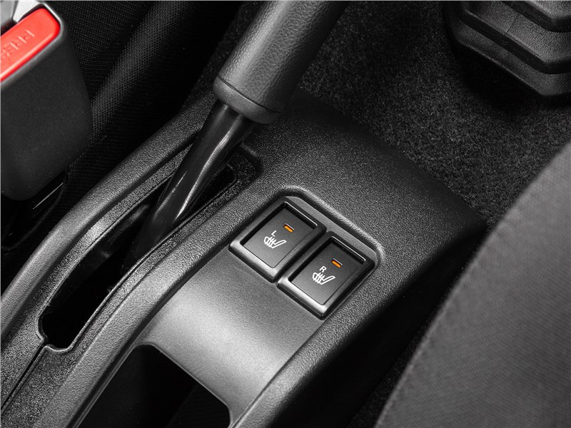Suzuki Jimny 2019 Клавиши подогрева передних сидений