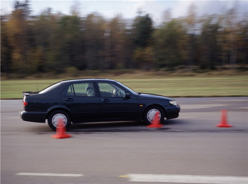 Saab 9-5 2001 седан тест переставка