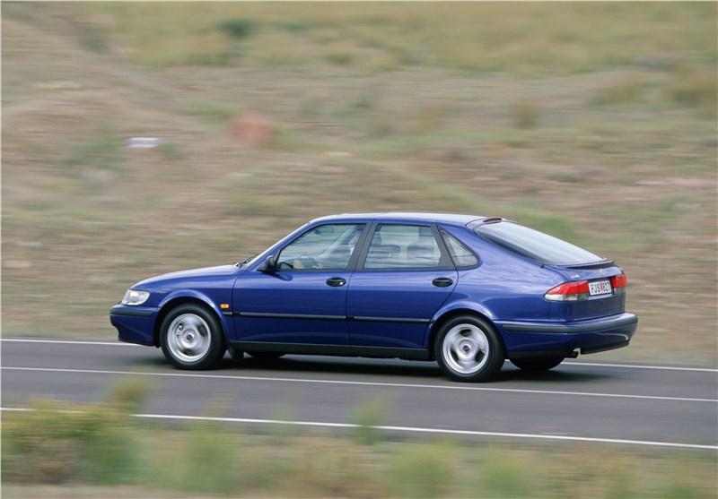 Saab 9-3 2001 пятидверный хэтчбек вид слева