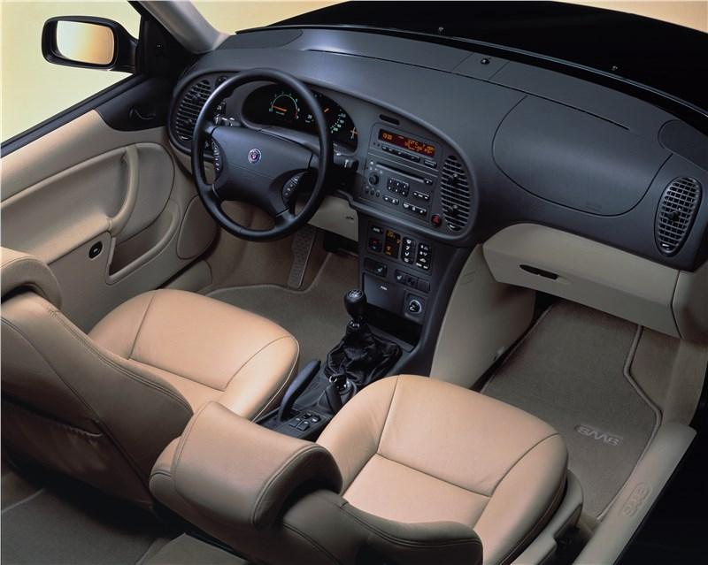Saab 9-3 2001 кабриолет вид сверху на рабочее место водителя