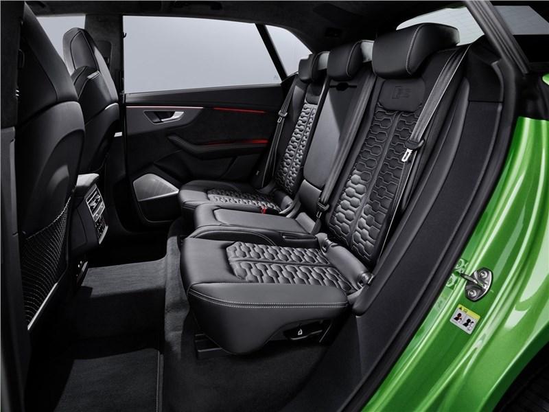Audi RS Q8 2020 задний диван