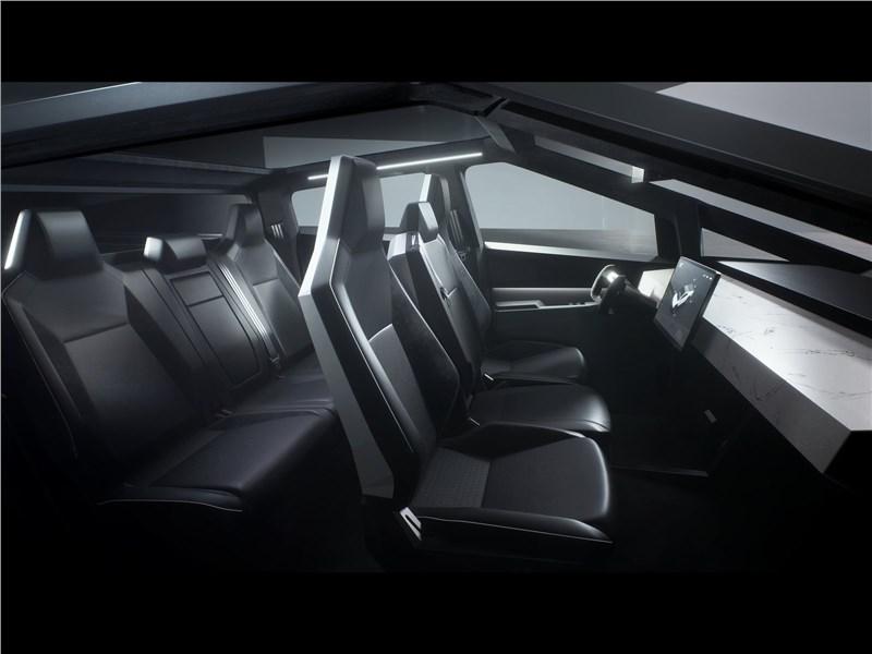 Tesla Cybertruck 2022 салон