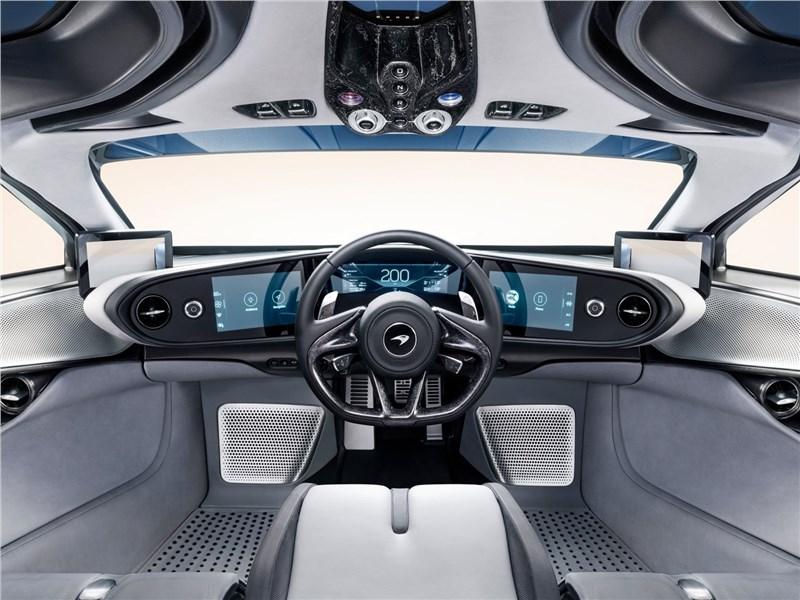 McLaren Speedtail 2020 салон