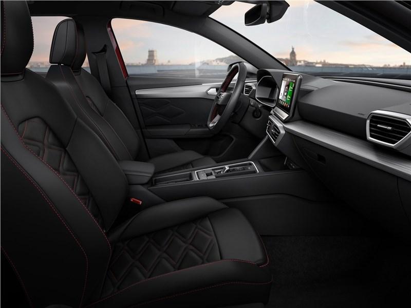 Seat Leon 2020 передние кресла