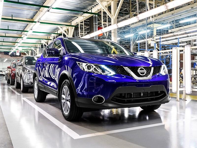 Nissan заявил об остановке производства по всему миру