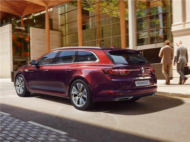 Renault Talisman Estate 2020 вид сзади