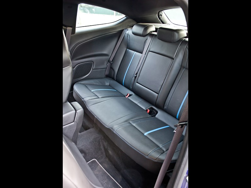 Opel Astra OPC 2013 задний диван