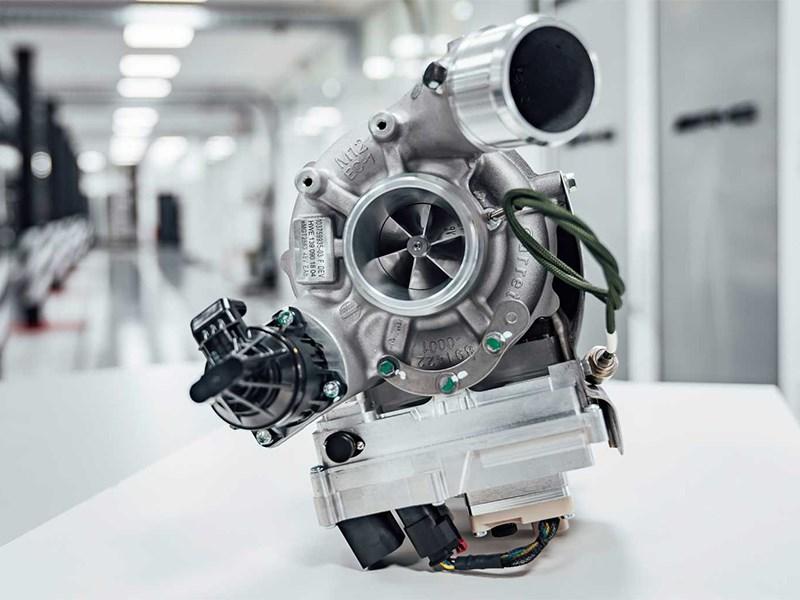 Новые Mercedes-AMG получат электрические турбины от болидов Формулы-1