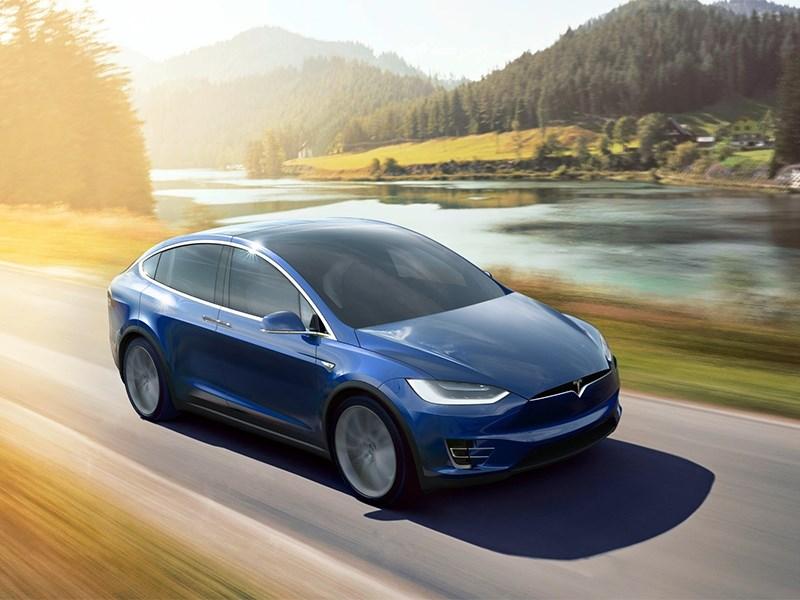 Tesla готовит серьезное обновление моделей S и X