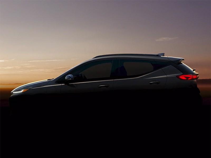 Chevrolet показала обновленный Bolt и кроссовер на его базе