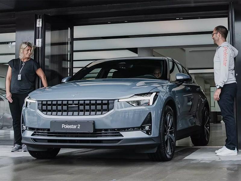 Polestar признал, что электромобили «грязнее» машин с ДВС