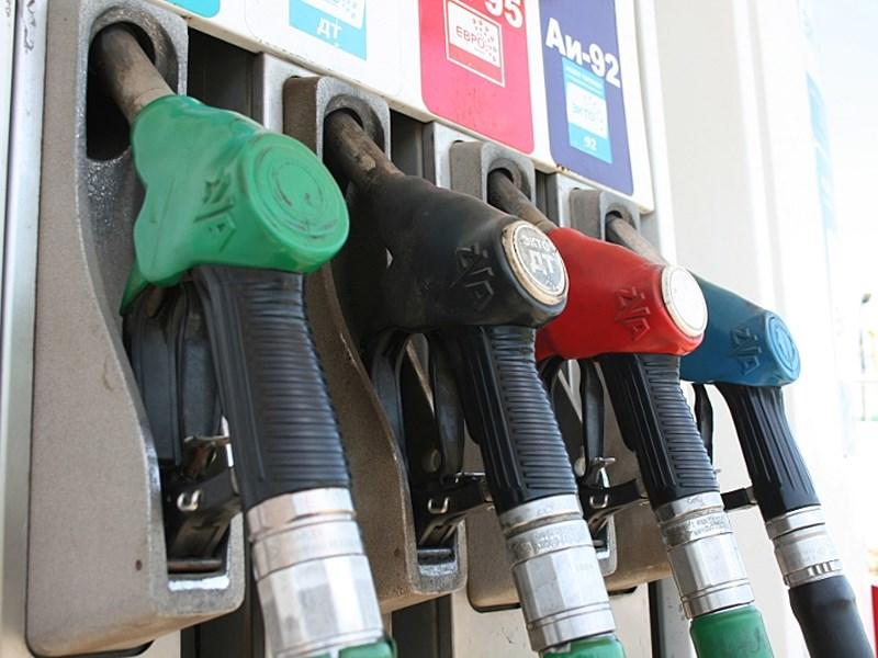 ФАС пообещала расследовать причины роста цен на бензин