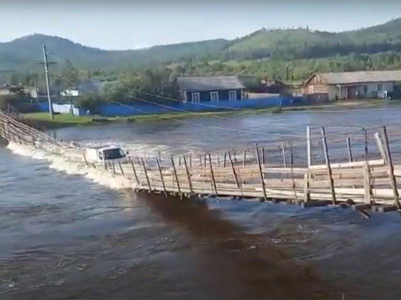 В России появился новый «мост глупости»