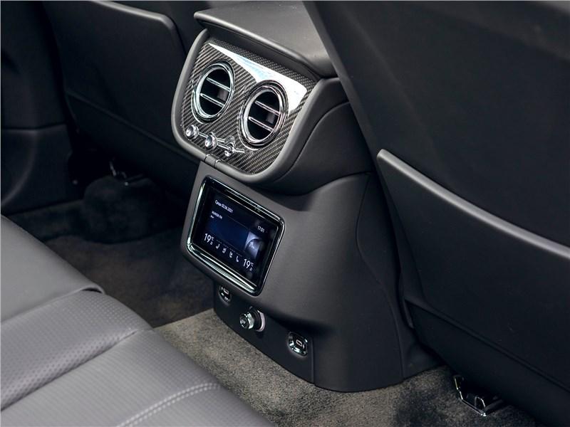Bentley Bentayga (2021) воздуховод