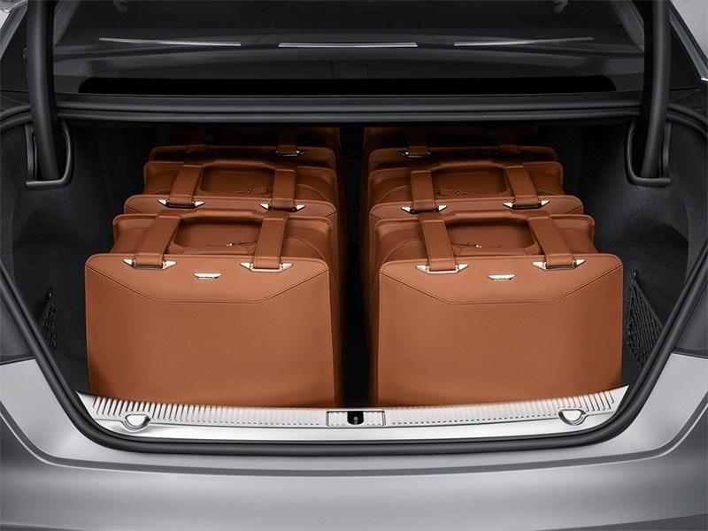 Audi A8 2014 багажное отделение