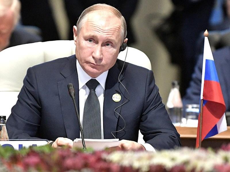 На саммите БРИКС Путин ездит на Mercedes Benz Pullman Фото Авто Коломна