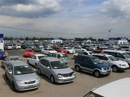 Продажи легковых машин в РФ выросли на 10%