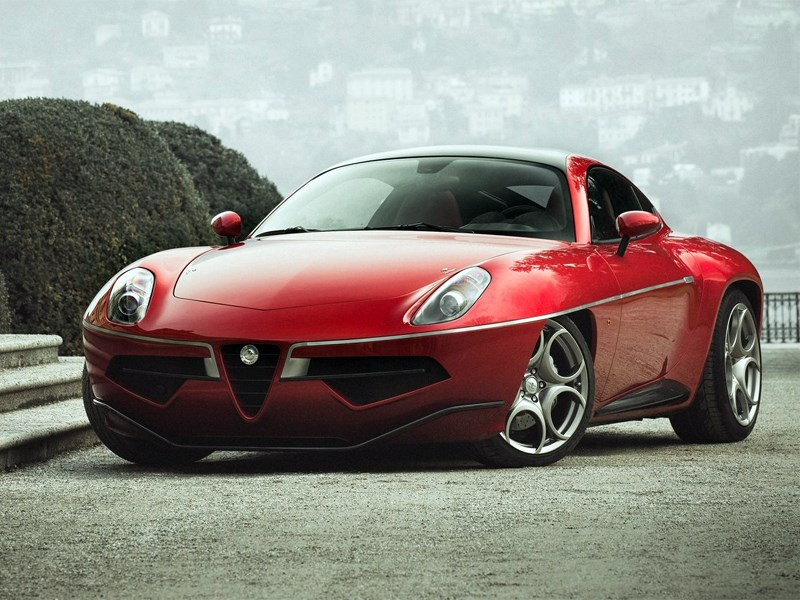 Carrozzeria Touring Superleggera Disco Volante 2013 вид спереди