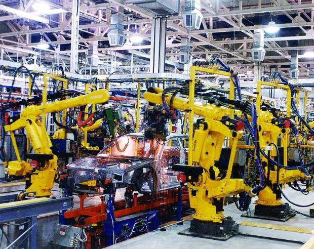 Российские автомобилестроительные заводы возобновили работу после летних каникул
